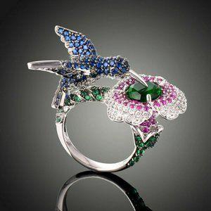 Beautiful Hummingbird ring, size 7 , 925 silver